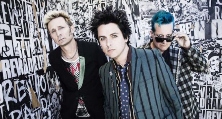 Οι Green Day θα κυκλοφορήσουν το πρώτο τους βιβλίο με τίτλο «Last of the American Girls» | Pagenews.gr