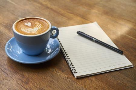 Δείτε τι συμβαίνει στο σώμα μας όταν βάζουμε γάλα στον καφέ | Pagenews.gr