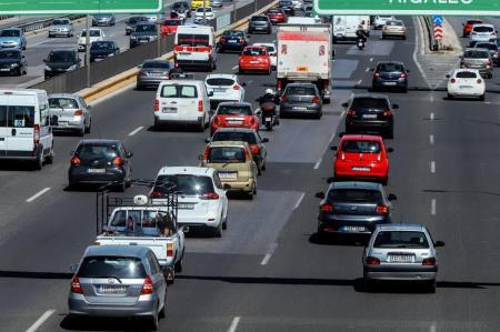 Βρυξέλλες και Βερολίνο χαιρετίζουν την αναβολή επιβολής δασμών στα αυτοκίνητα | Pagenews.gr