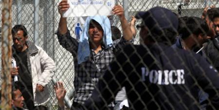 Μόρια: Καταδικάστηκε ο 79χρονος που είχε πυροβολήσει 15χρονο Σύρο | Pagenews.gr