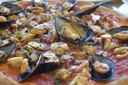 Μύδια με πικάντικη σάλτσα μουστάρδας: Μία πεντανόστιμη και νηστίσιμη συνταγή | Pagenews.gr