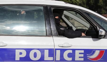 Γαλλία: 5χρονος μαχαίρωσε τον ξάδερφό του για ένα σακουλάκι καραμέλες | Pagenews.gr