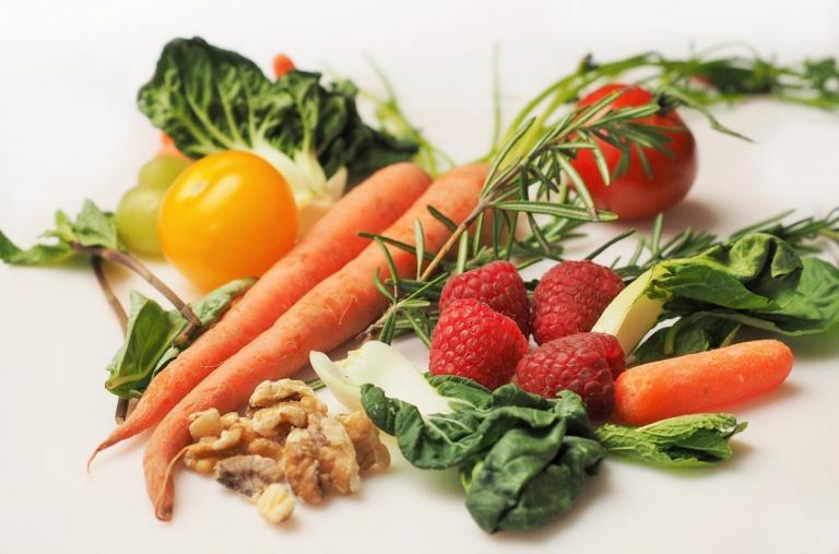 Αυτά είναι τα πιο μολυσμένα λαχανικά που πρέπει να προσέχεις   Pagenews.gr