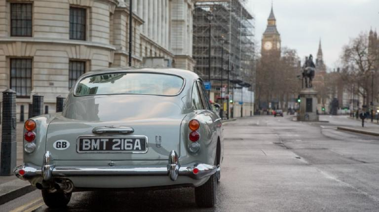 Aston Martin DB5: Βγαίνει σε δημοπρασία το αμάξι του Τζέιμς Μποντ | Pagenews.gr