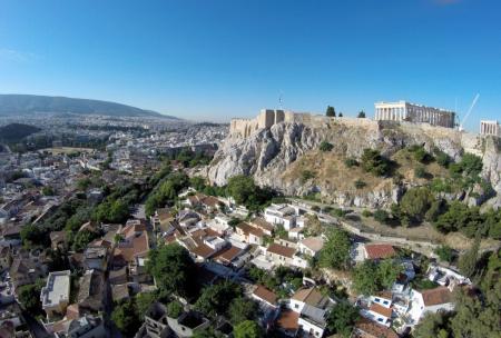 Αναφιώτικα: Η γραφική λιλιπούτεια συνοικία κάτω από την Ακρόπολη (vid) | Pagenews.gr