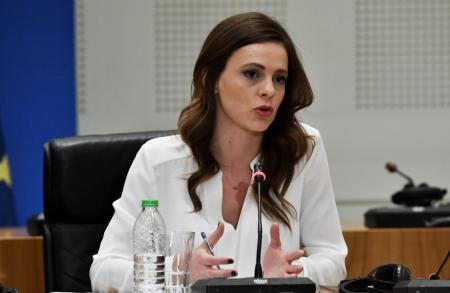 Αχτσιόγλου: Η κατάργηση της μείωσης του αφορολόγητου ήταν δέσμευσή μας προς την κοινωνία | Pagenews.gr