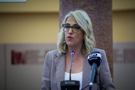 Ρένα Δούρου: Υψηλής εθνικής σημασίας η Πολιτική Προστασία | Pagenews.gr