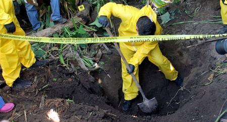 Μεξικό: Εντοπίστηκαν 222 ομαδικοί τάφοι με 337 πτώματα | Pagenews.gr