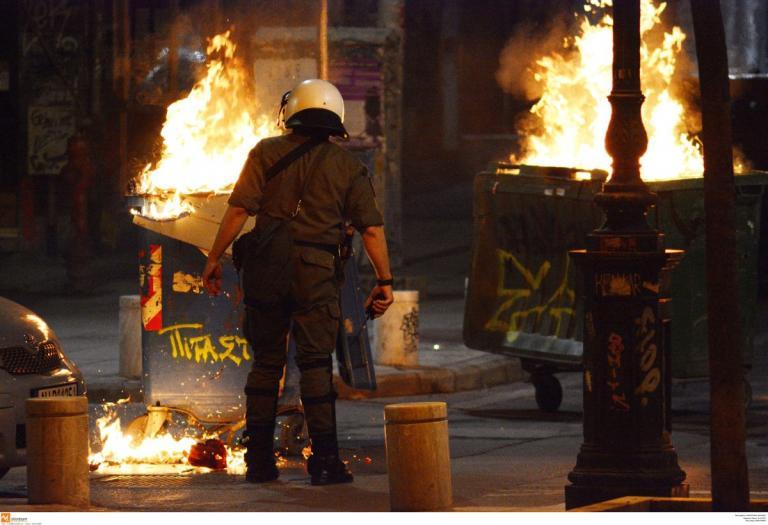Θεσσαλονίκη: Επίθεση αντιεξουσιαστών με μολότοφ σε αστυνομικούς (vid) | Pagenews.gr