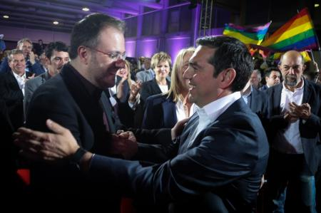 Ποιος Θανάσης; | Pagenews.gr