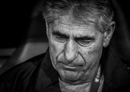 Άγγελε, δεν είναι καλύτεροι άνθρωποι οι Αρμένιοι, απλά έχουν καλύτερο προπονητή | Pagenews.gr