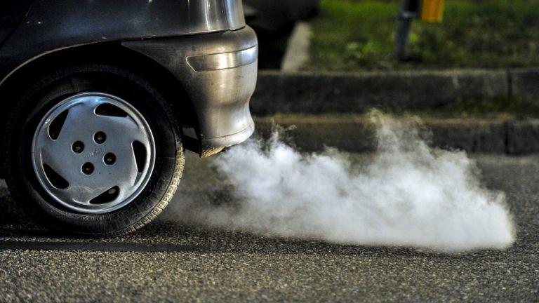 Ιρλανδία: Μπλόκο στην πώληση βενζινοκίνητων και πετρελαιοκίνητων αυτοκινήτων ως το 2030 | Pagenews.gr