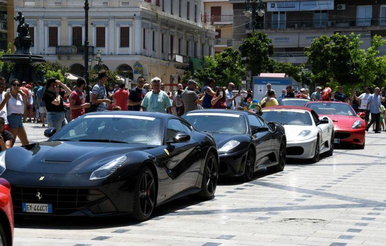 Πάτρα: Η πόλη γέμισε Ferrari για τη μέρα αφιερωμένη στην Ιταλική εταιρία | Pagenews.gr