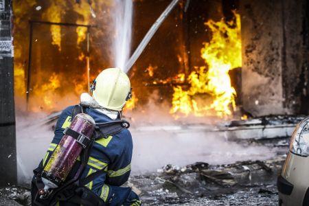 Φωτιά σε διαμέρισμα στη Δάφνη | Pagenews.gr