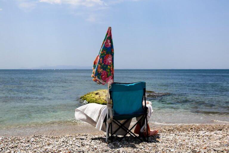 Παραλίες: Αλλάζουν όλα με τις ρυθμίσεις στις ομπρέλες και τον ελεύθερο χώρο