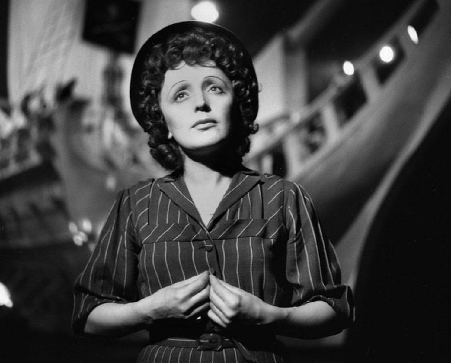 Αποτέλεσμα εικόνας για Piaf - Μια ζωή στο φως και στην σκιά στο Christmas Theater