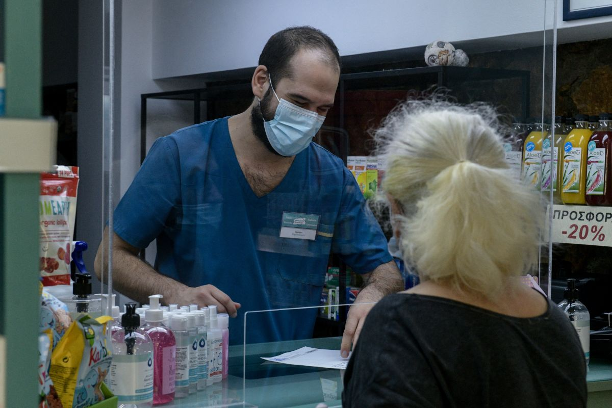 Self test φαρμακεία: Η έκκληση του ΠΙΣ