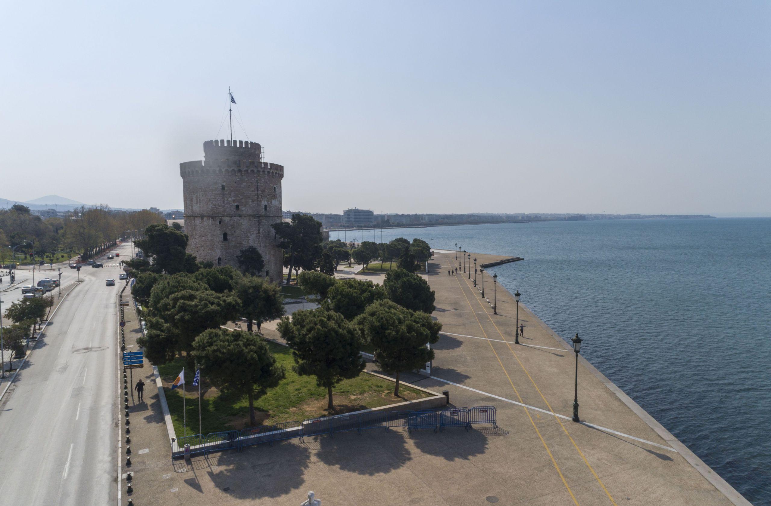 Μεταλλάξεις κορωνοϊού: Εικόνες από την άδεια Θεσσαλονίκη