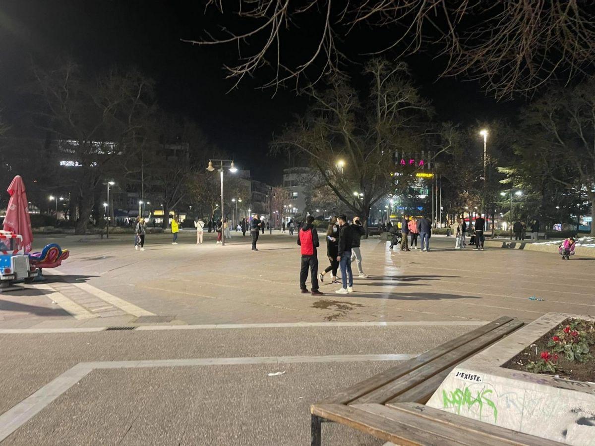 Σεισμός τώρα: Φωτογραφία από τη Λάρισα