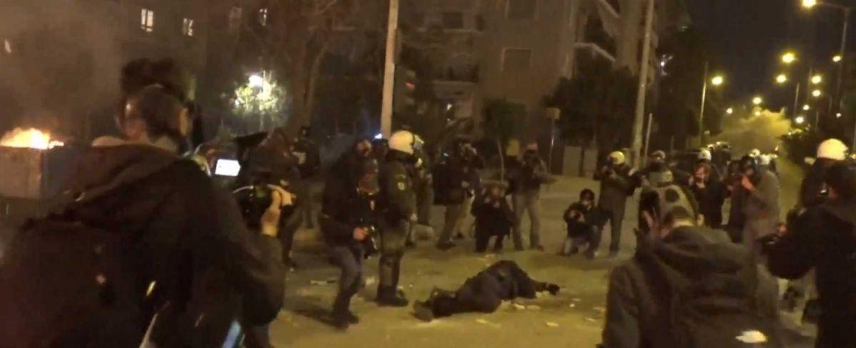 Νέα Σμύρνη: Τραυματίας αστυνομικός