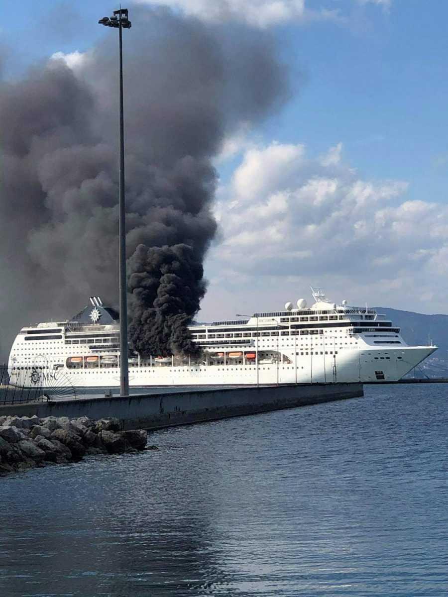 Φωτιά στο κρουαζιερόπλοιο: Τέθηκε υπό έλεγχο μετά την παρέμβαση της Πυροσβεστικής