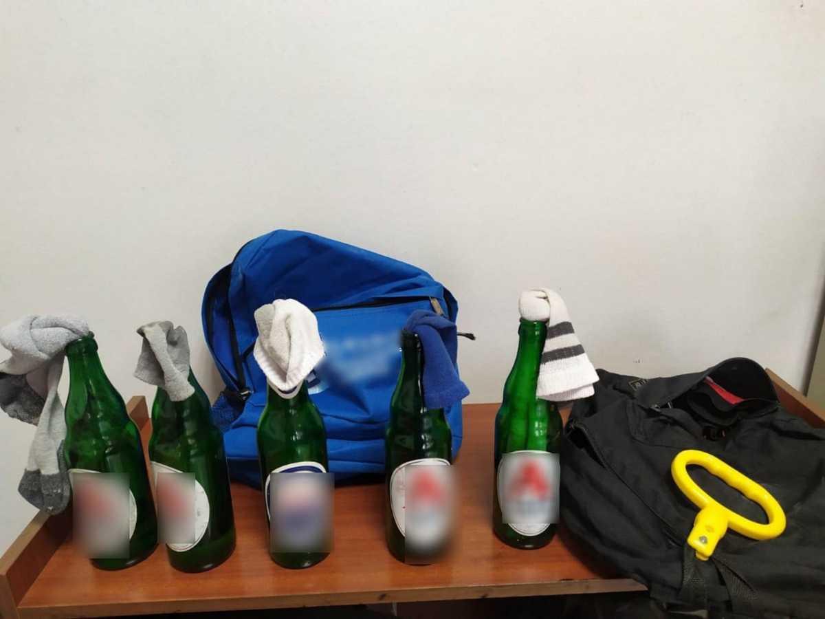 Νέα Σμύρνη: Το υπουργείο Προστασίας του Πολίτη έδωσε στη δημοσιότητα φωτογραφίες με «πολεμοφόδια»