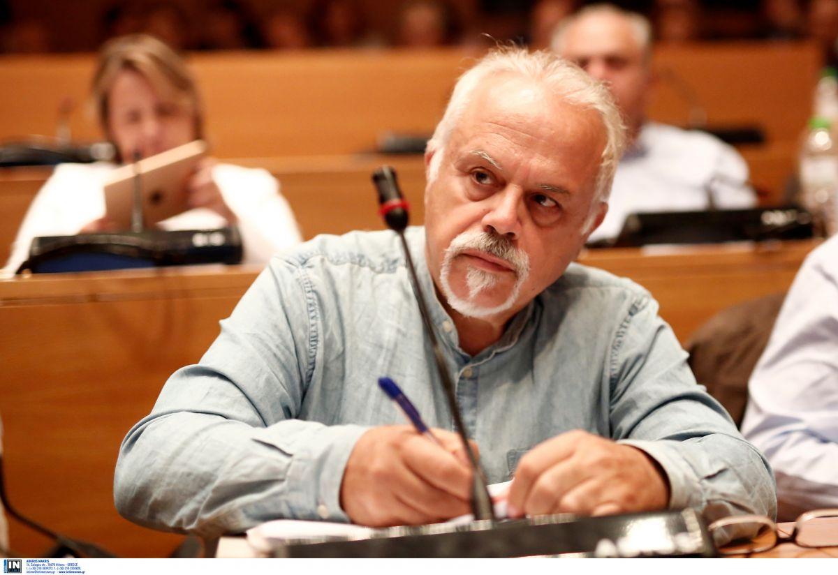 Μιχάλης Τρεμόπουλος: Διασωληνωμένος με κορωνοϊό