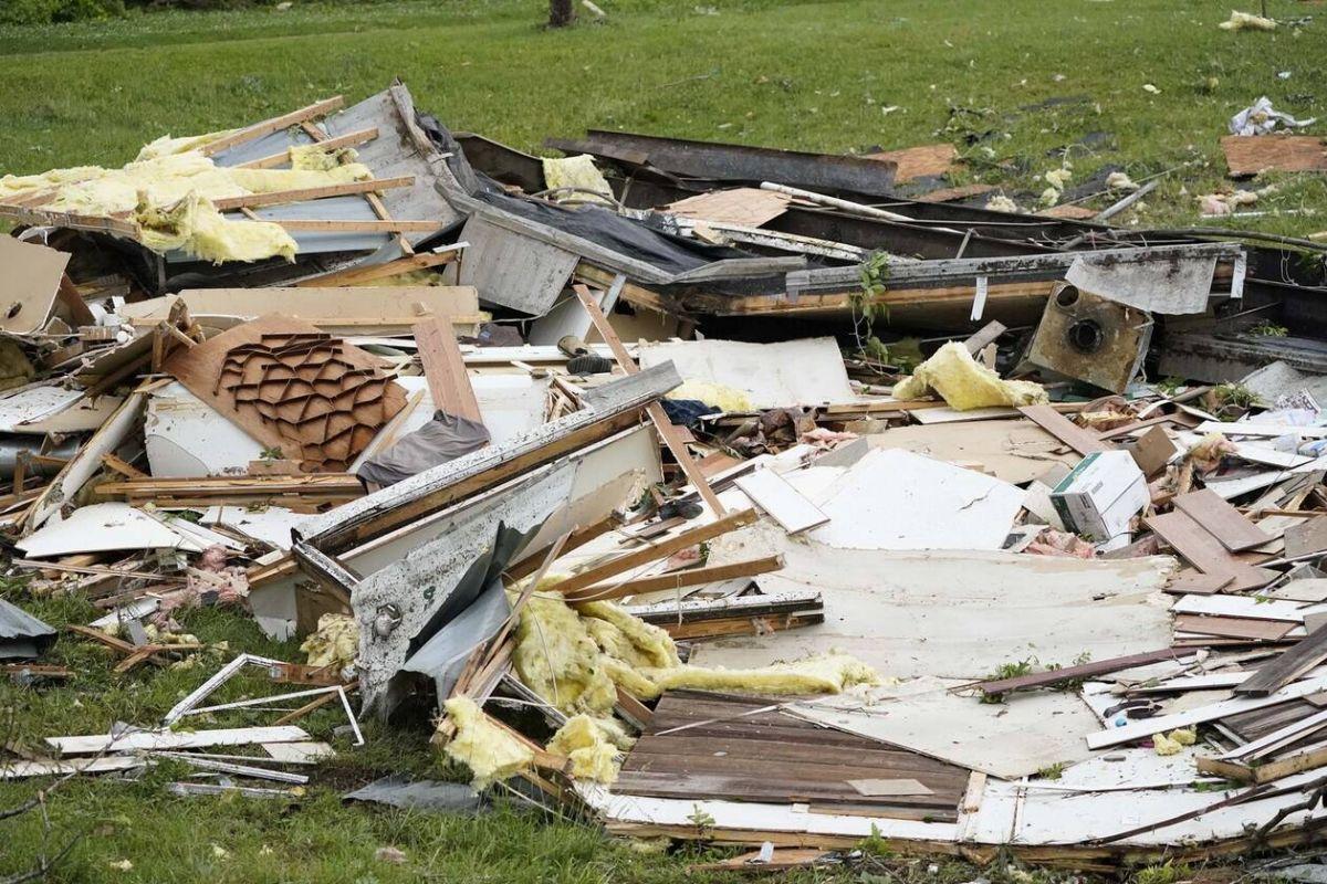 ΗΠΑ ανεμοστρόβιλοι: Δύο νεκροί και πολλές καταστροφές