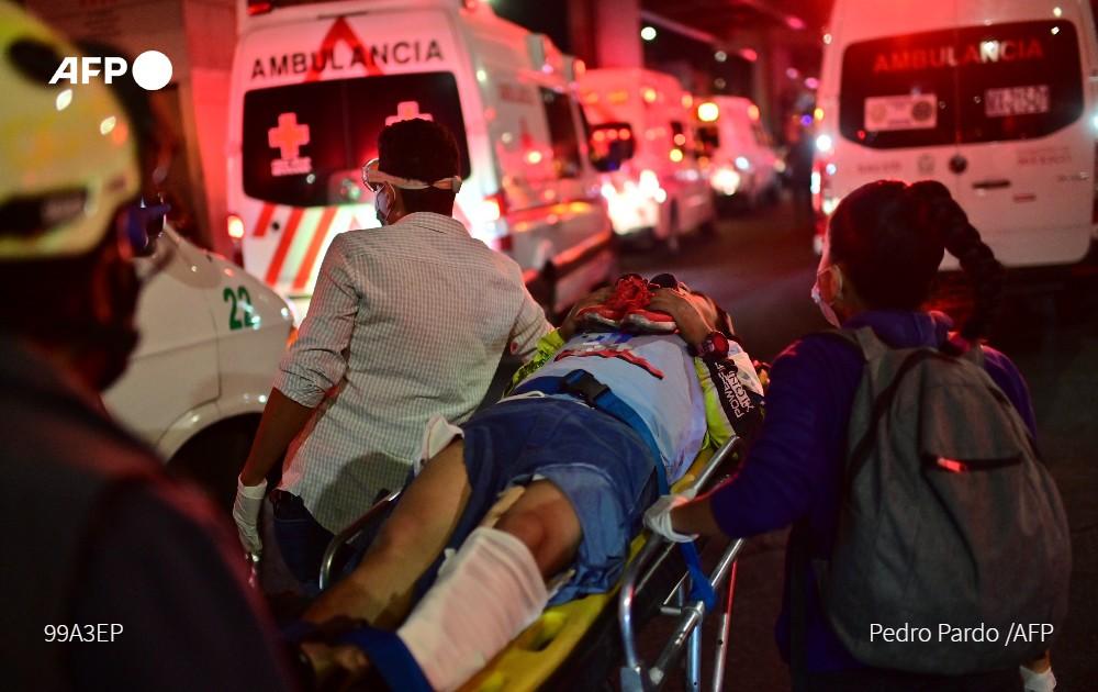 Μεξικό: Τουλάχιστον 15 νεκροί μετά από κατάρρευση γέφυρας