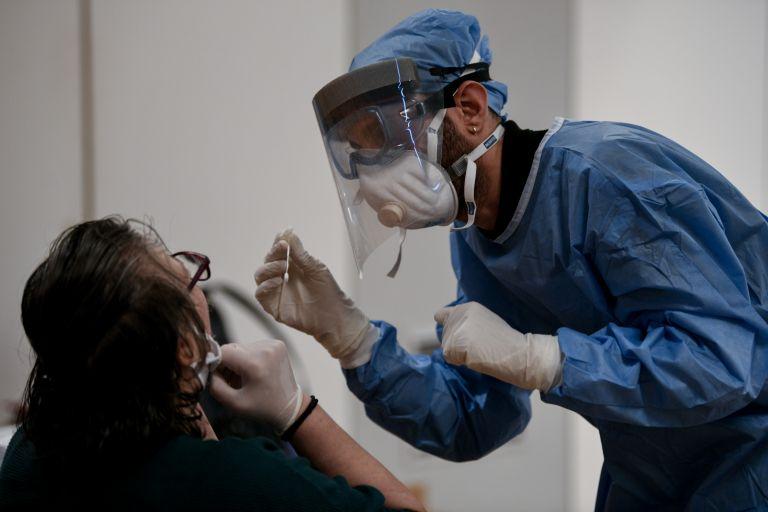 Προνόμια εμβολιασμένων