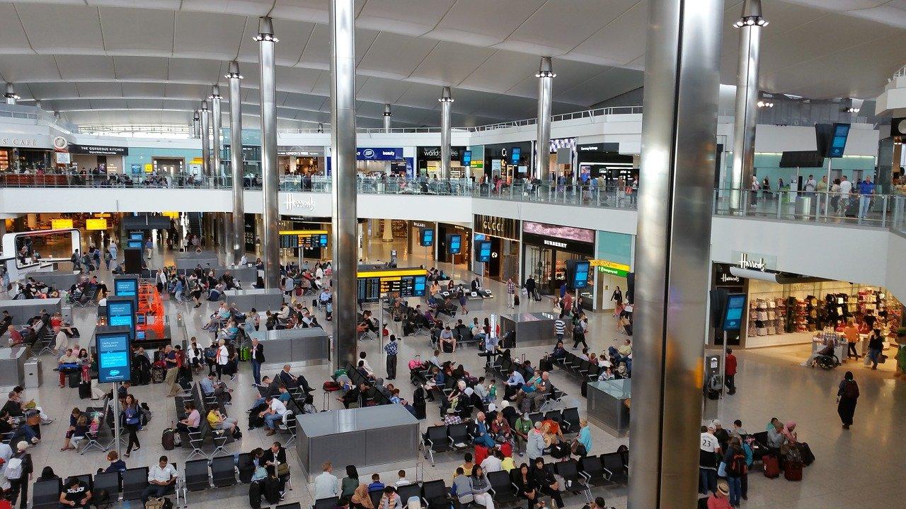 Βρετανία αεροδρόμια